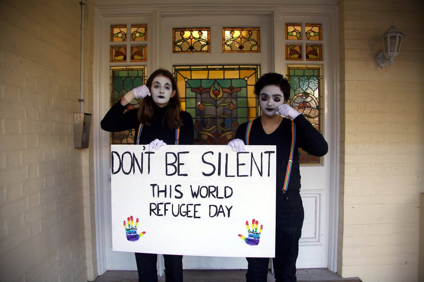 The WA Refugee and LGBTQI action groups joined forces and dressed as mimes paying visits to MP offices in Perth calling on their representatives to speak out for the protection of gender, sex and sexuality diverse refugees. Amnesty activists Isabella Houston and Patch Miller are featured in the picture.