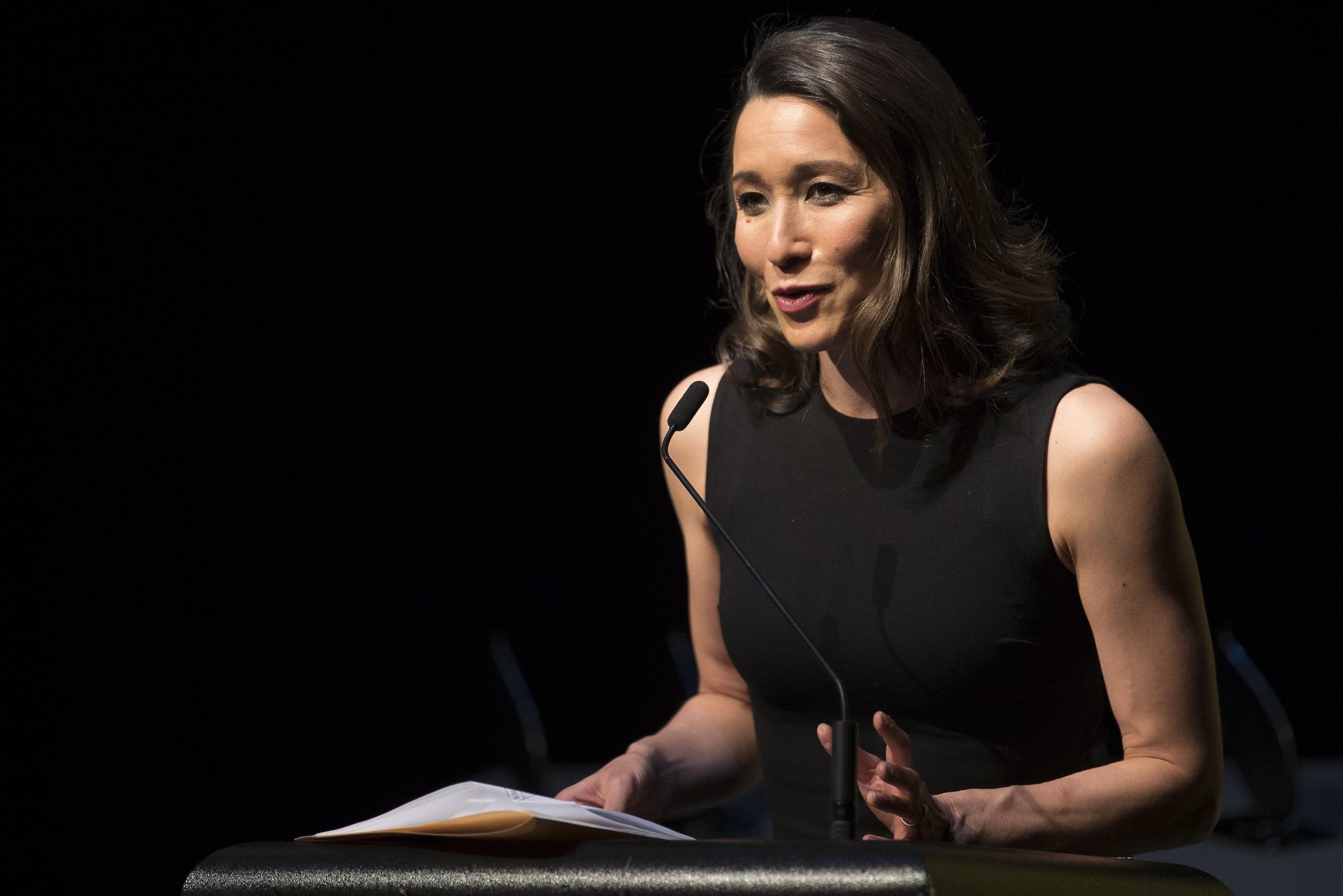 Kumi Taguchi, host of the 2017 Amnesty International Media Awards. © Joseph Mayers Photography