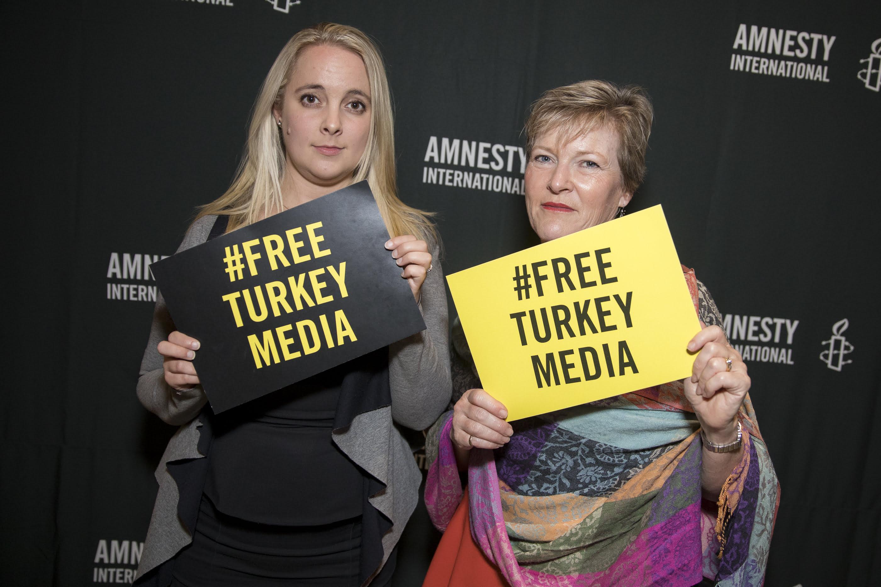 2017 Amnesty International Media Awards. © Joseph Mayers Photography